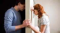 Một người phụ nữ đòi ly hôn vì quá hạnh phúc