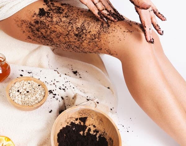 Làm sạch da và tẩy tế bào chết