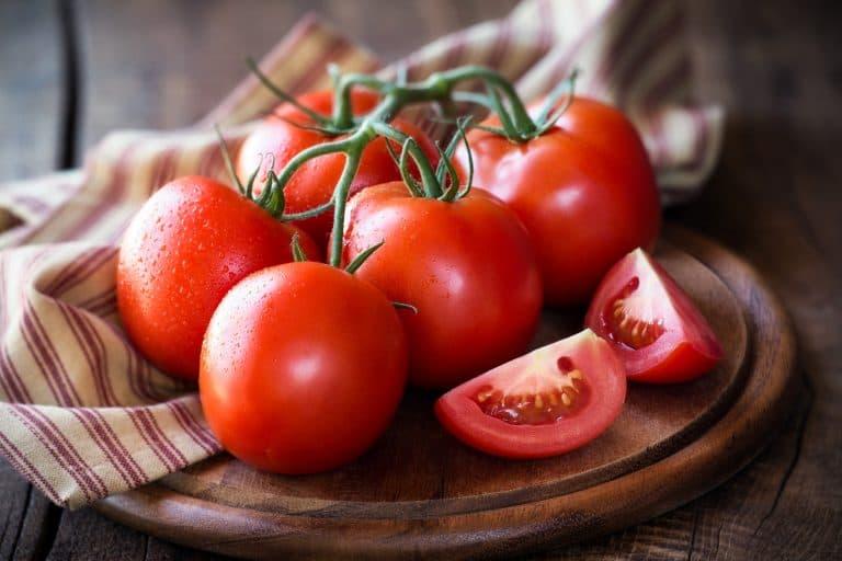 Cách làm trắng da tại nhà nhanh nhất từ cà chua