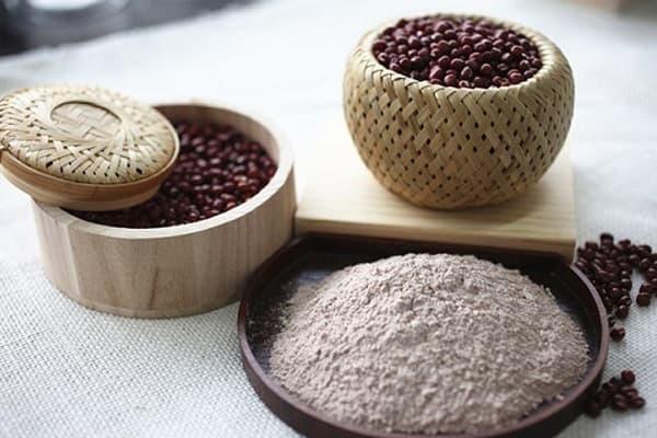 Cách làm trắng da mặt tự nhiên nhanh nhất bằng bột đậu đỏ