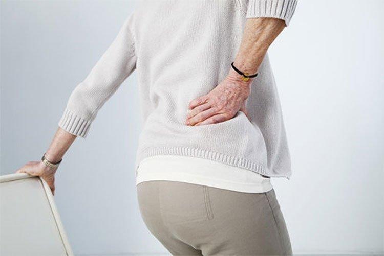 Đau lưng dưới cách điều trị và nguyên nhân gây bệnh