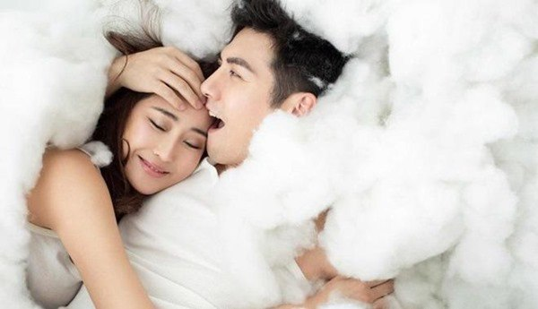 Nửa đêm về giường được vợ làm những điều này đảm bảo chồng sẽ thích mê cả đời nâng niu bạn chẳng muốn rời nửa bước