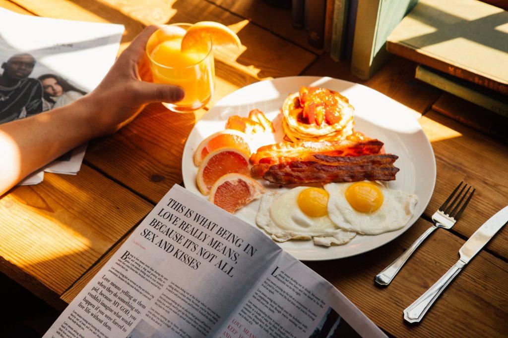 Lòng đỏ trứng chứa dinh dưỡng tốt cho mắt.