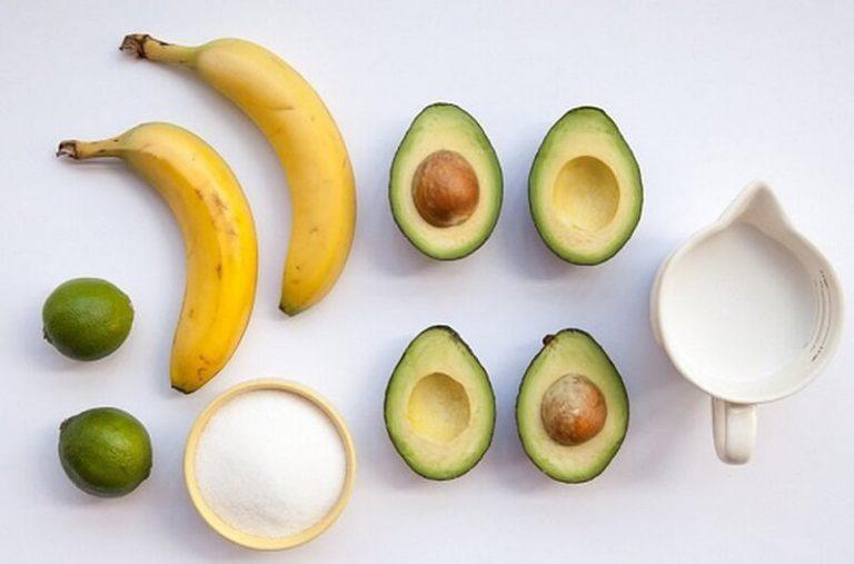 Cách chăm sóc da mặt trắng mịn với những quả bơ