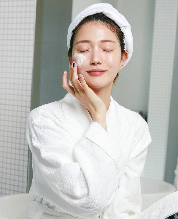 Mặt nạ ngủ có thể dưỡng da tốt hơn kem dưỡng thông thường