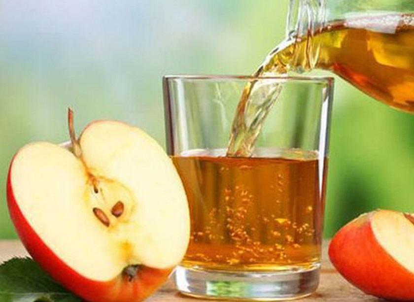 giấm táo là nguyên liệu kiềm dầu cho da nhờn hiệu quả