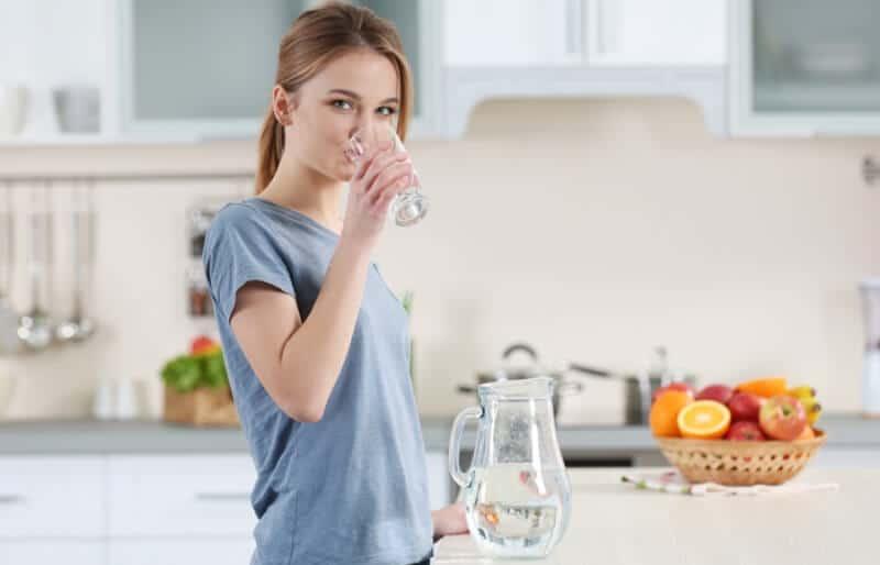 thải độc da bằng nước detox