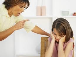 Đừng EQ thấp để âm thầm 'hủy hoại' con trẻ