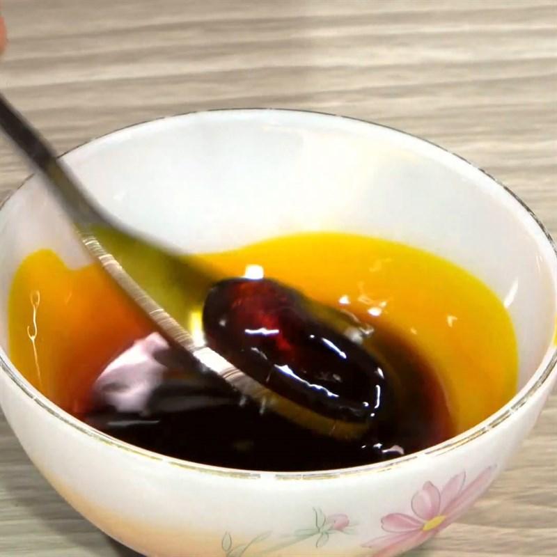 Cách chế biến Giò heo nướng lá mắc mật