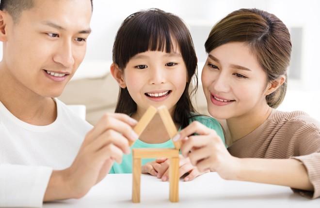 Nhưng sai lầm khi kèm con học khiến đứa trẻ ngày càng dốt, cha mẹ cần tránh