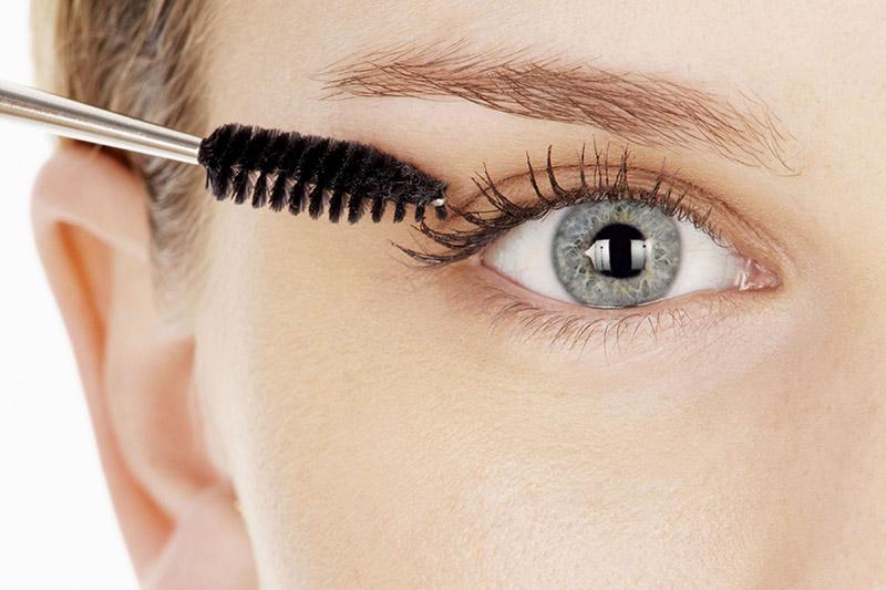Những nguyên nhân phổ biến gây rụng lông mi
