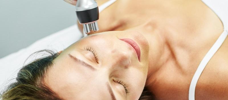 Trị nám da bằng laser có tốt không? Cơ chế hoạt động của nó như thế nào?