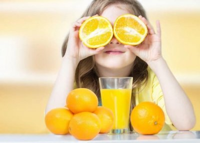Liệu có nên bổ sung vitamin C mỗi ngày cho trẻ