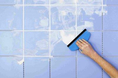 Hướng dẫn chà ron gạch theo từng bước cho tường bếp và sàn nhà tắm