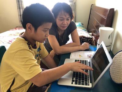 Cách để phụ huynh giúp con học trực tuyến hiệu quả